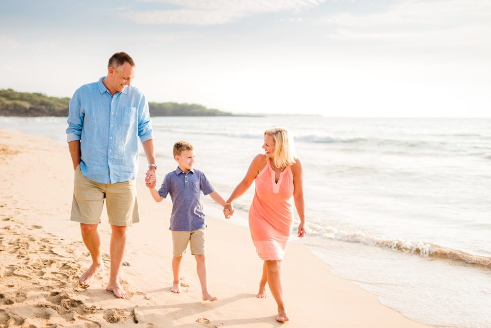 Kohala-Coast-Hawaii-Family-Photographer-Beach-02.jpg