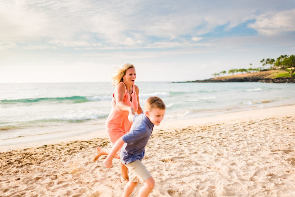 Kohala-Coast-Hawaii-Family-Photographer-Beach-04.jpg
