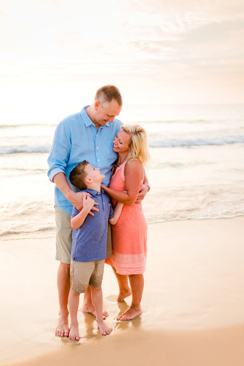 Kohala-Coast-Hawaii-Family-Photographer-Beach-17.jpg