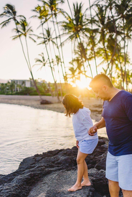 Waikoloa-Beach-Sunrise-Family-Photographer7-1.jpg