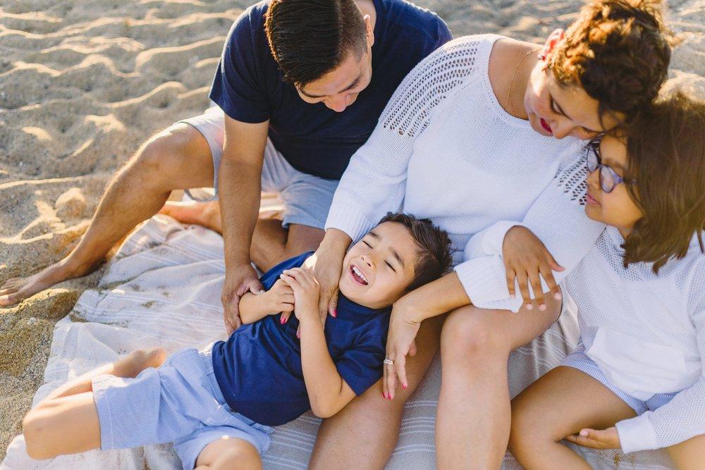 Waikoloa-Beach-Sunrise-Family-Photographer18-1.jpg
