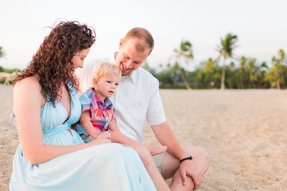 Sunrise-Hawaii-Vacation-Family-Photographer-02.jpg