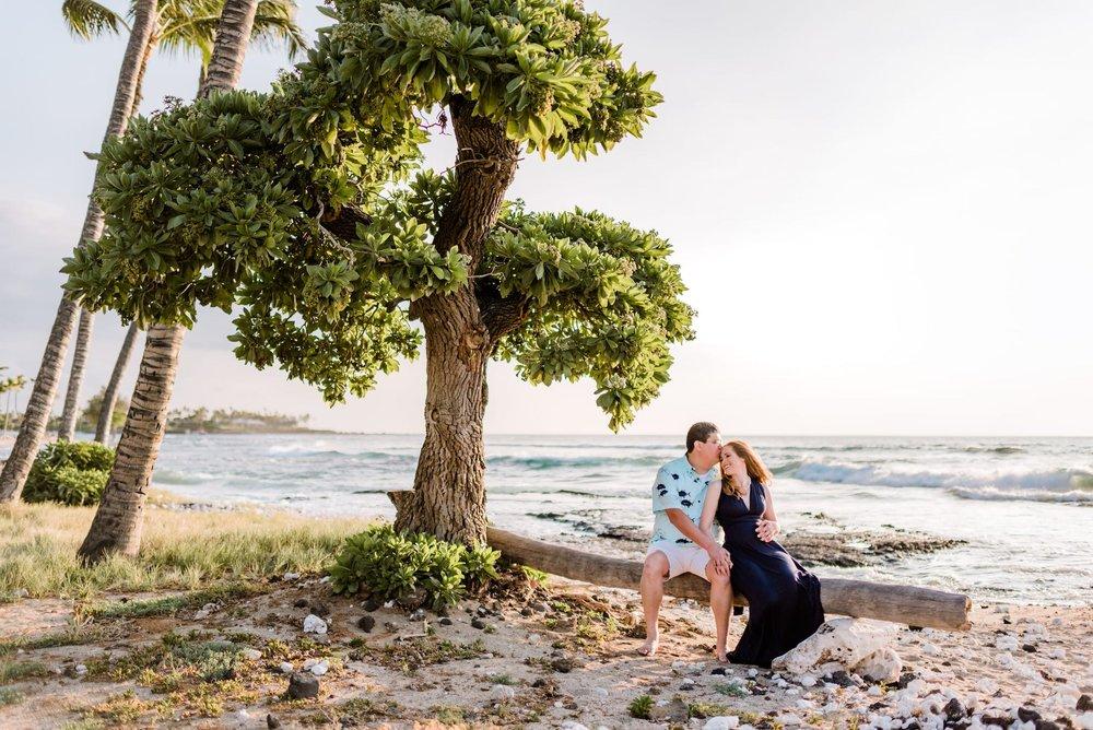 Hawaii-Beach-Maternity-Photographer09.jpg