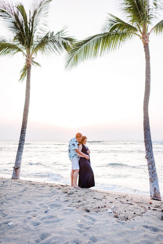 Hawaii-Beach-Maternity-Photographer61.jpg