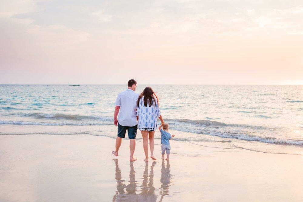 Mauna-Kea-Hotel-Family-Photographer-15-1.jpg