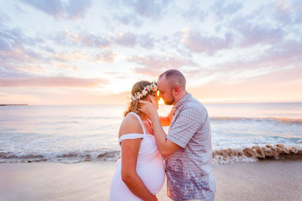 Kona-Babymoon-Hawaii-Sunset-Love-Water19.jpg