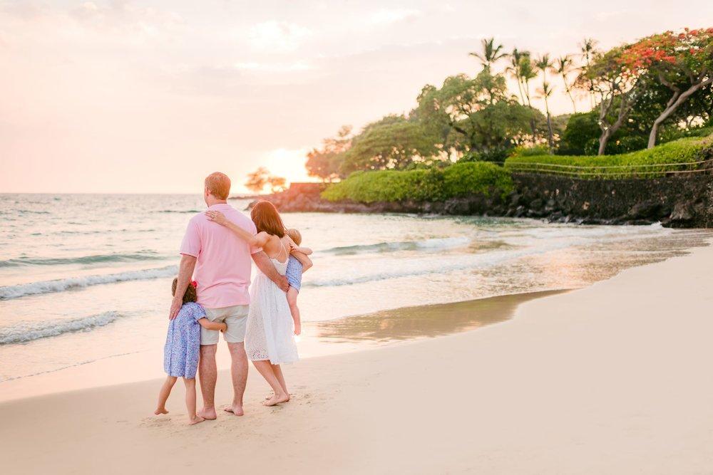 Mauna-Kea-Beach-Hawaii-Family-Sunset-Photographer-33.jpg