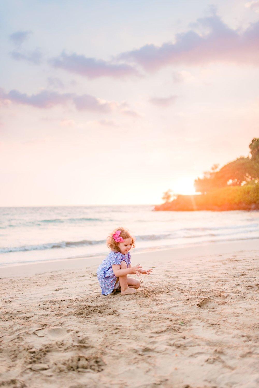 Mauna-Kea-Beach-Hawaii-Family-Sunset-Photographer-37.jpg