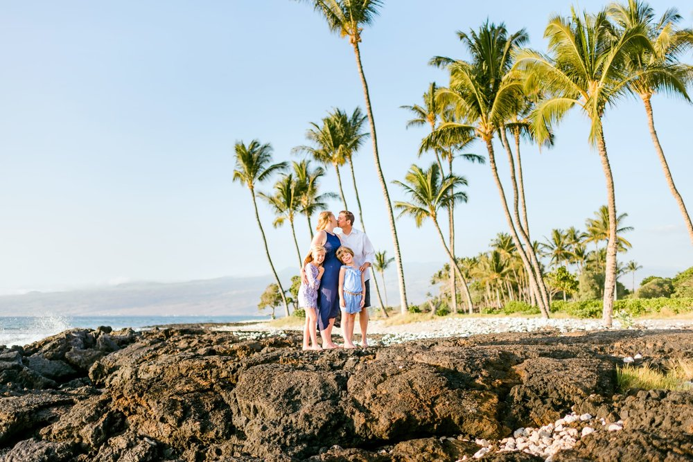 Waikoloa-Beach-Family-Photographer-Hawaii-1.jpg