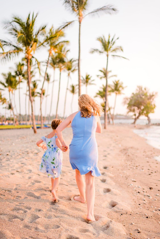 Hawaii-Family-Photographer-Kua-Bay-Visitor-Big-Island-20.jpg