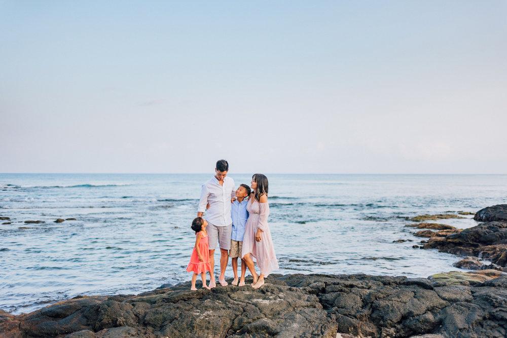 Mauna-Kea-Beach-Hawaii-Family-Sunset-Photographer-6.jpg