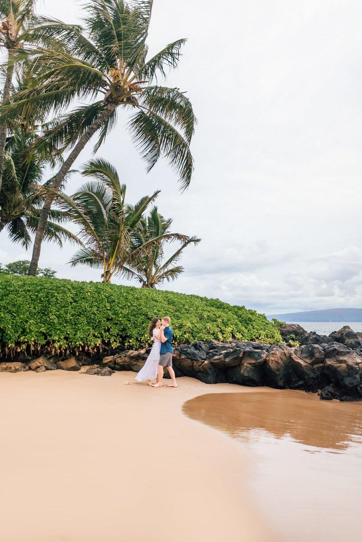 Love-Maui-Family-Photographer-Water-Hawaii-13.jpg
