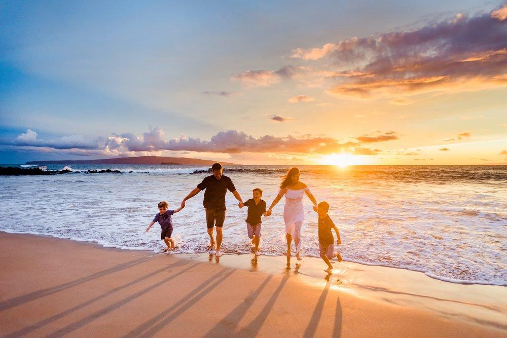 Love-Maui-Family-Photographer-Water-Hawaii-26.jpg