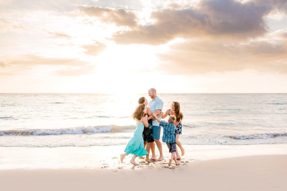 Mauna-Kea-Beach-Family-Photographer-Hawaii35-1.jpg