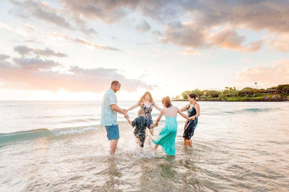 Mauna-Kea-Beach-Family-Photographer-Hawaii88-1.jpg