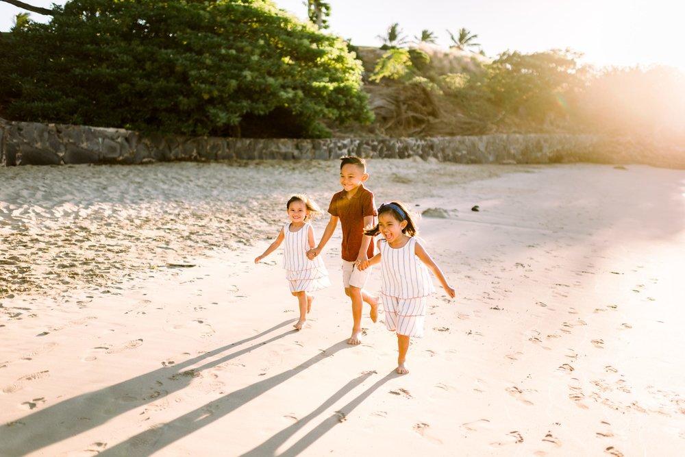 Mauna-Kea-Family-Photographer-Hawaii-Sunset-4.jpg
