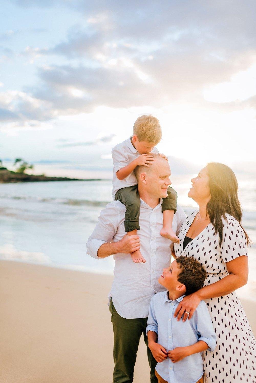 Mauna-Kea-Waikoloa-Family-Photographer-Hawaii-JW-22.jpg