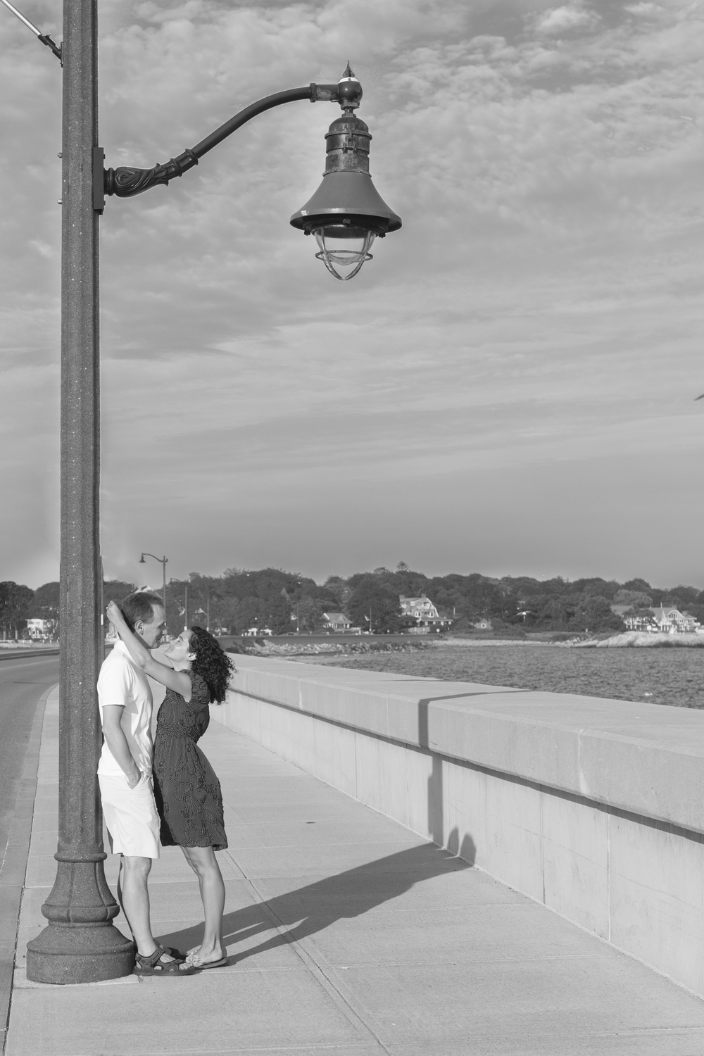 engaged marblehead ocean kissing.jpg