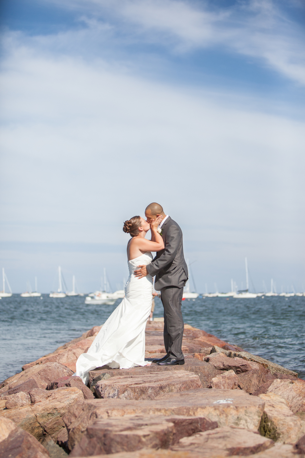 wedding bevely ma kiss ocean .jpg