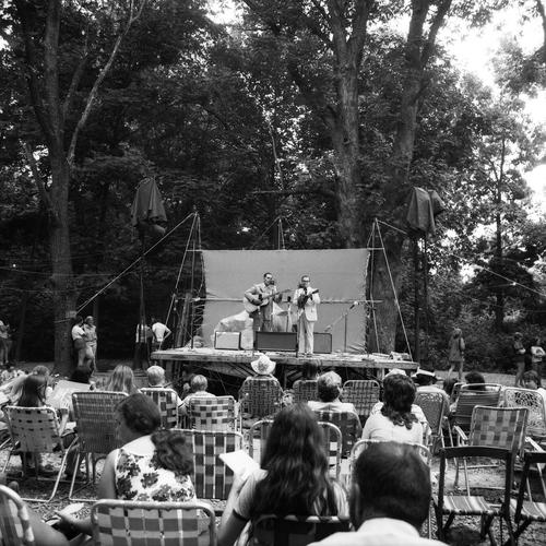 Sunday Morning Gospel School, Gettysburg Bluegrass Festival, Gettysburg, PA, 1974