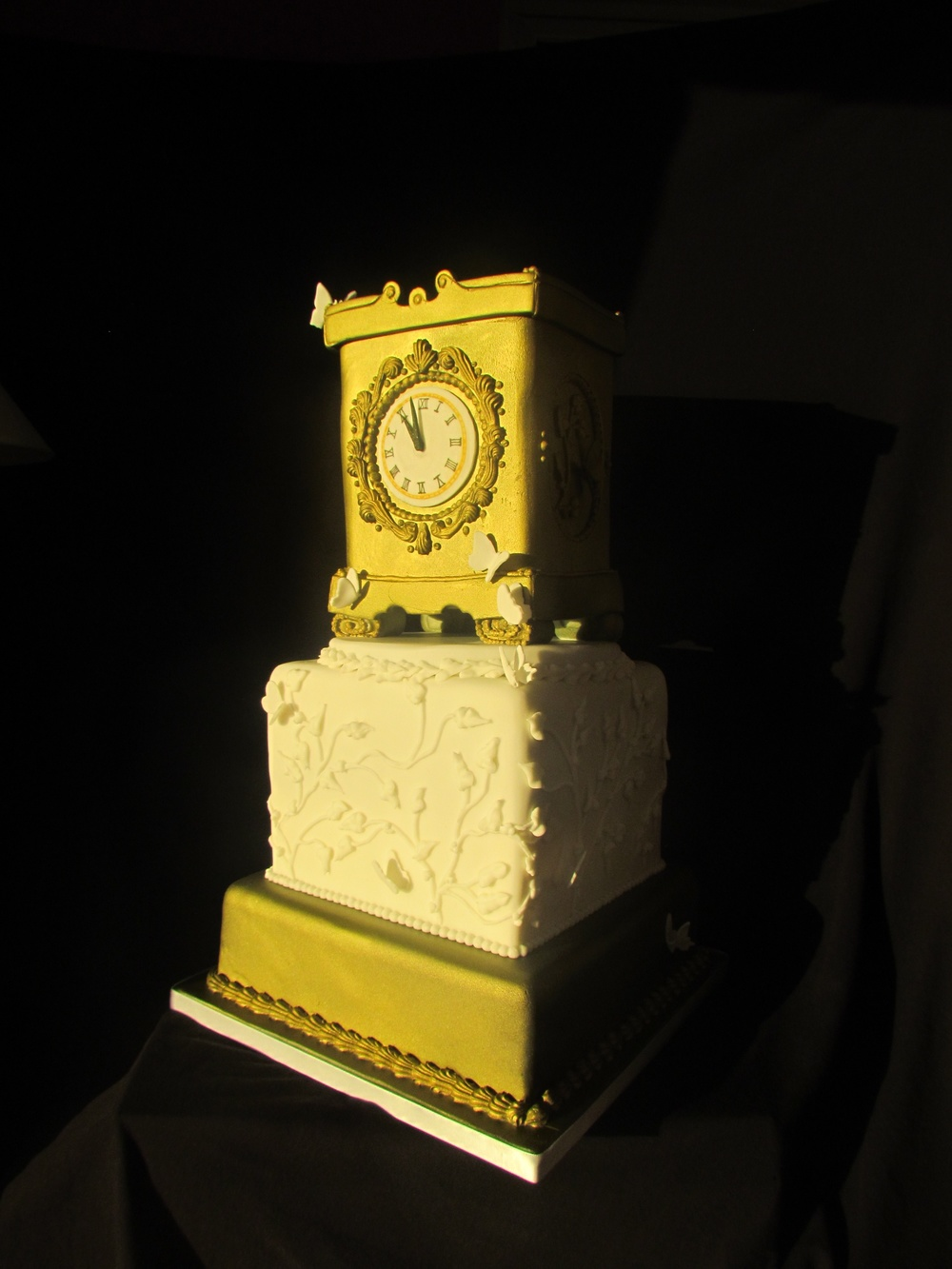 Cake-Peboryon-clock-winner-awards-delicious-cornwall-cakeshow-cake-show