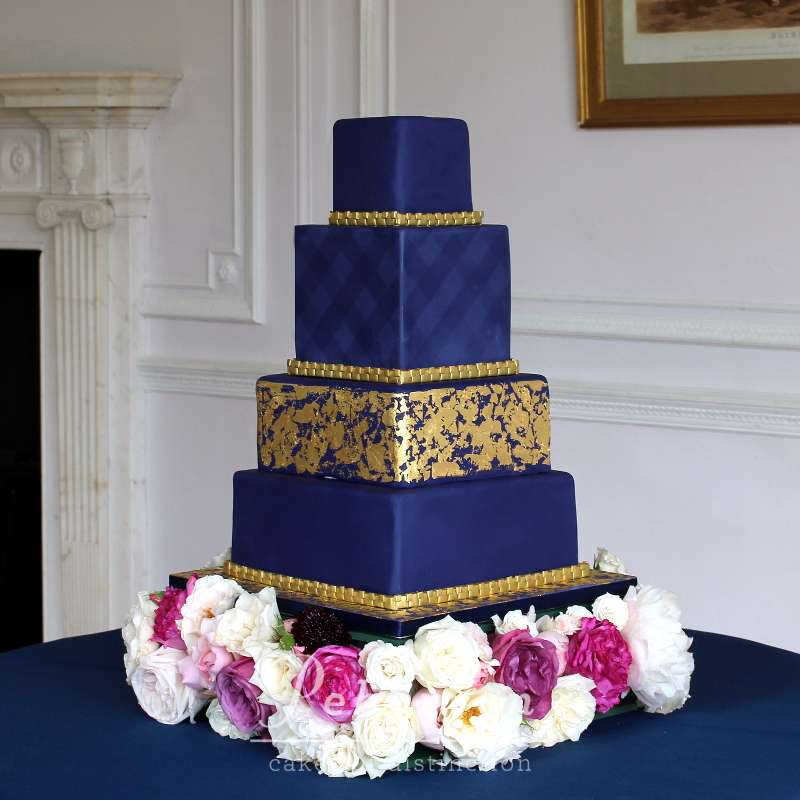July-2016-Scorrier-House-Wedding-Peboryon-Navy-Gold-Wedding-Cake.JPG