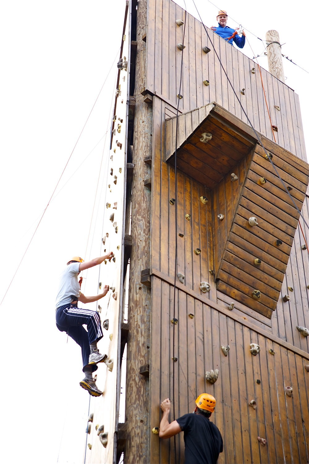 Corporate Climbing Wall Hess Kramer.jpg