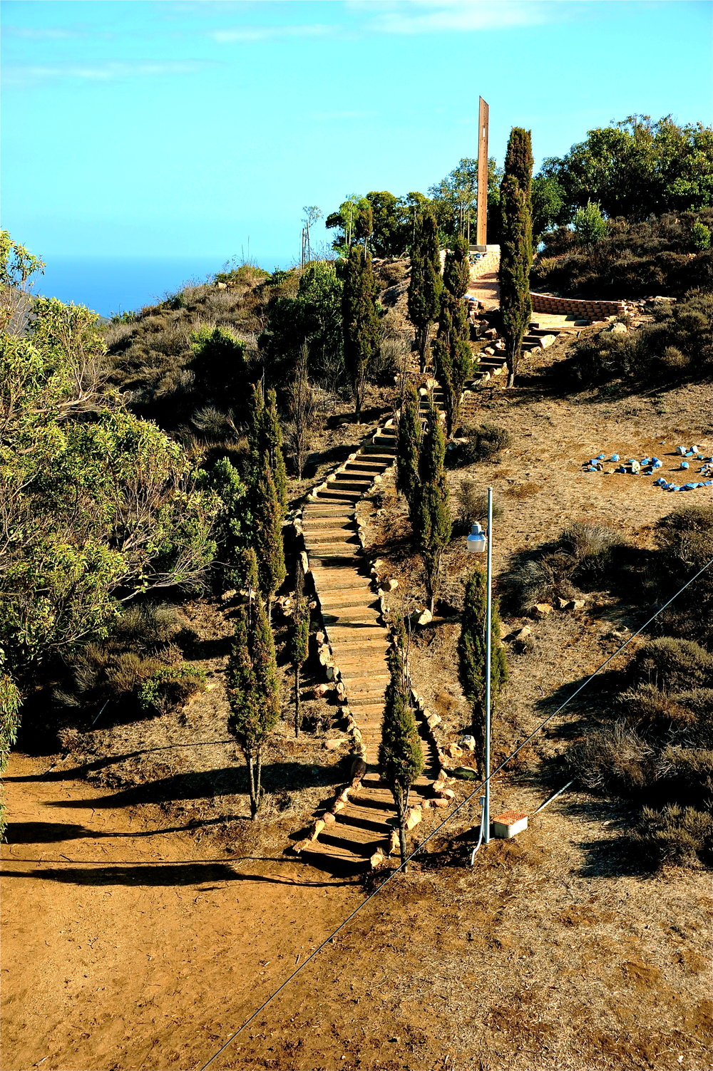 Gindling Hilltop path to overlook.jpg