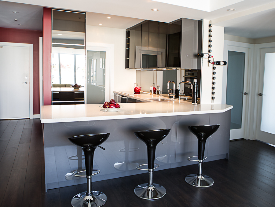 Award winning Vancouver kitchen condo renovation.