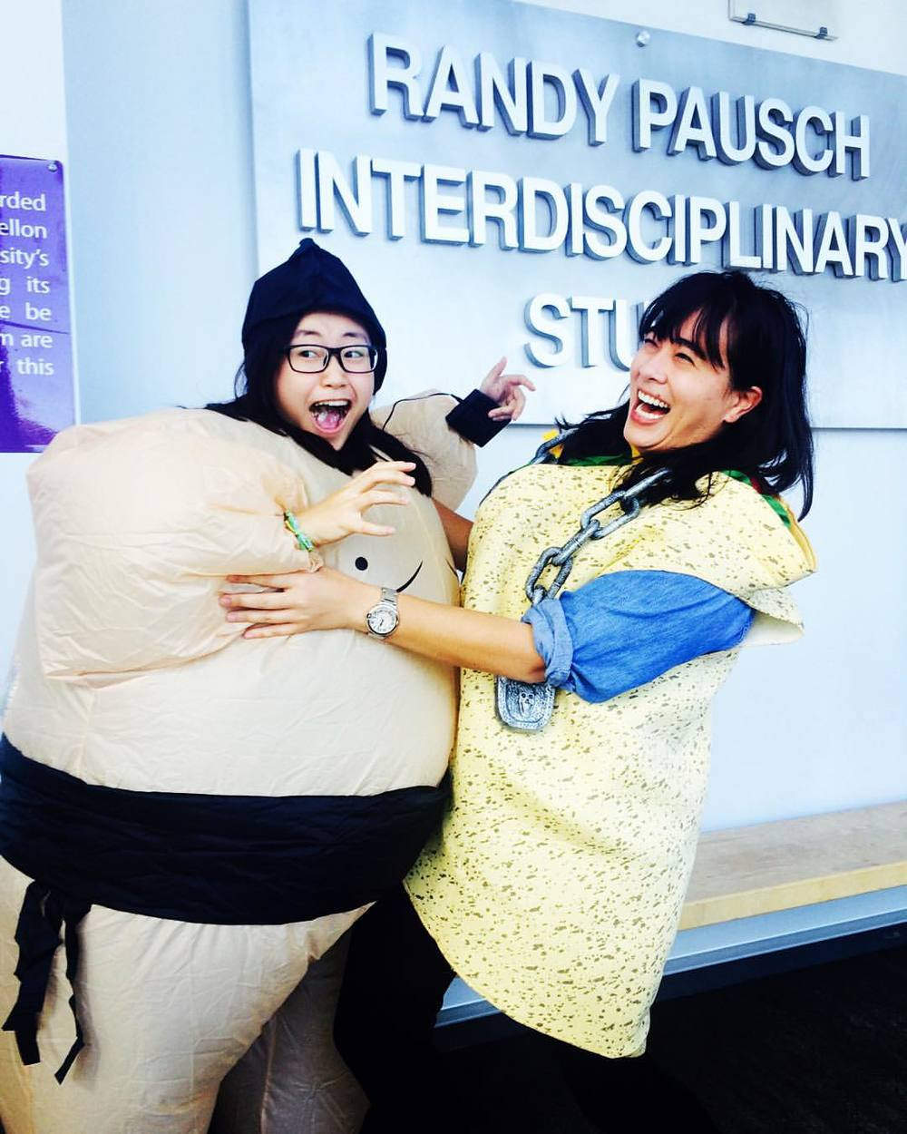 Taco attacked by sumo