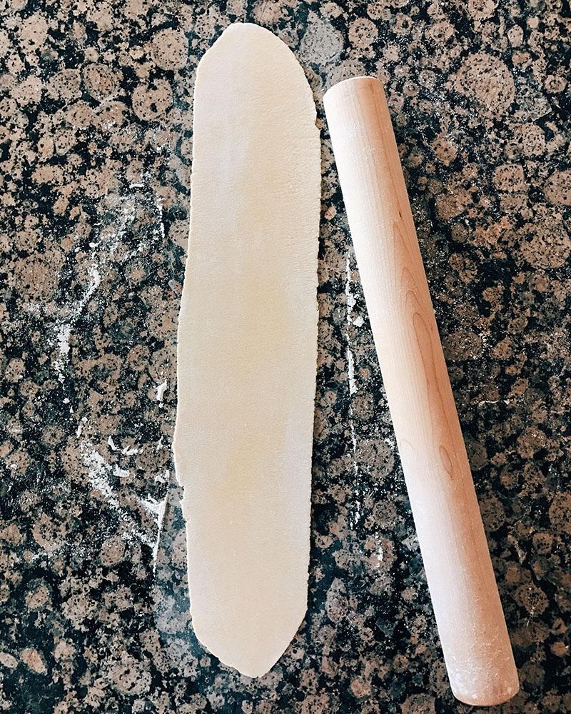 pasta(rolling).jpg