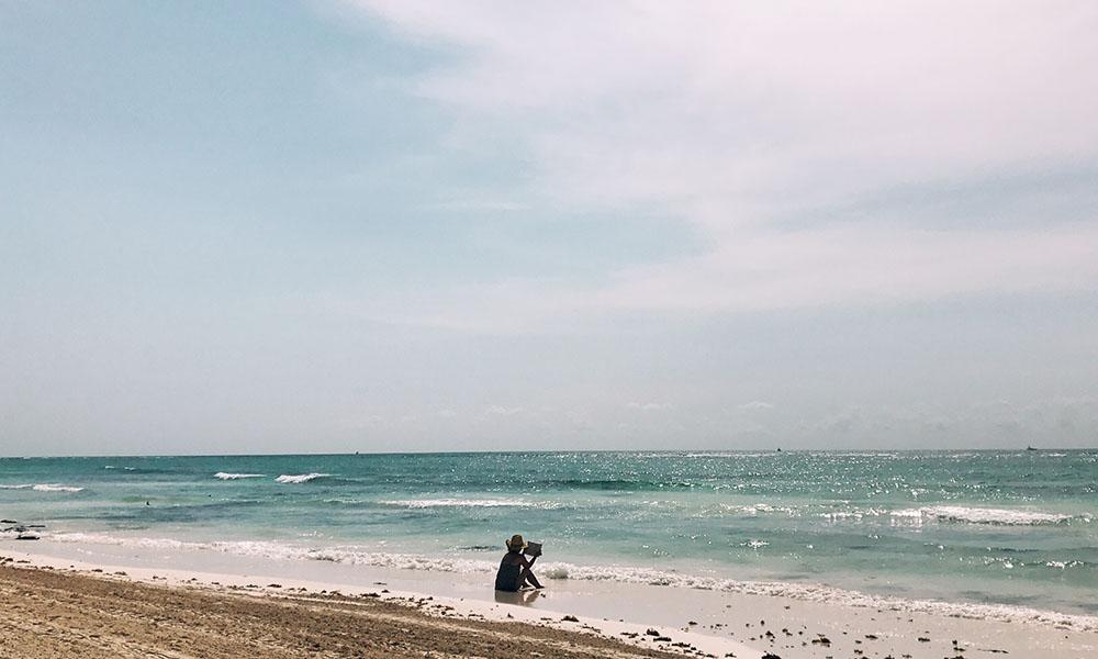 beach(w)(05).jpg