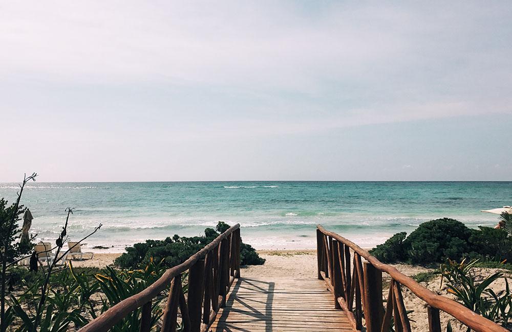 beach(w)(07).jpg