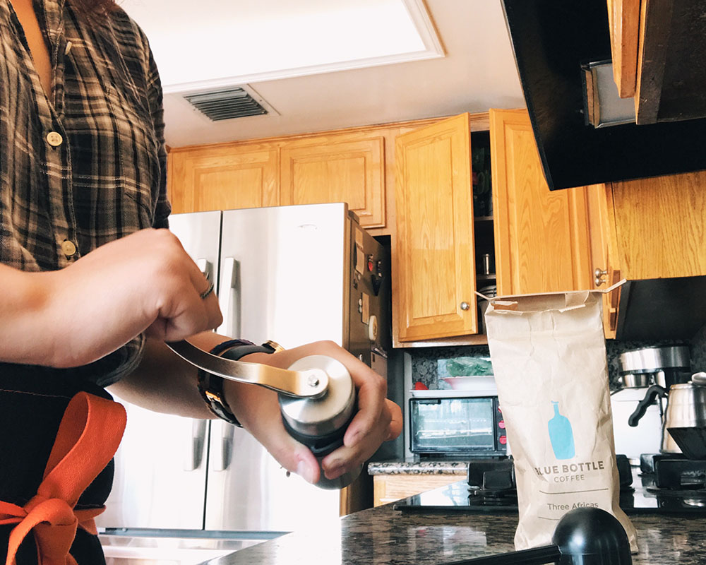 self-coffee-bialetti-02.jpg