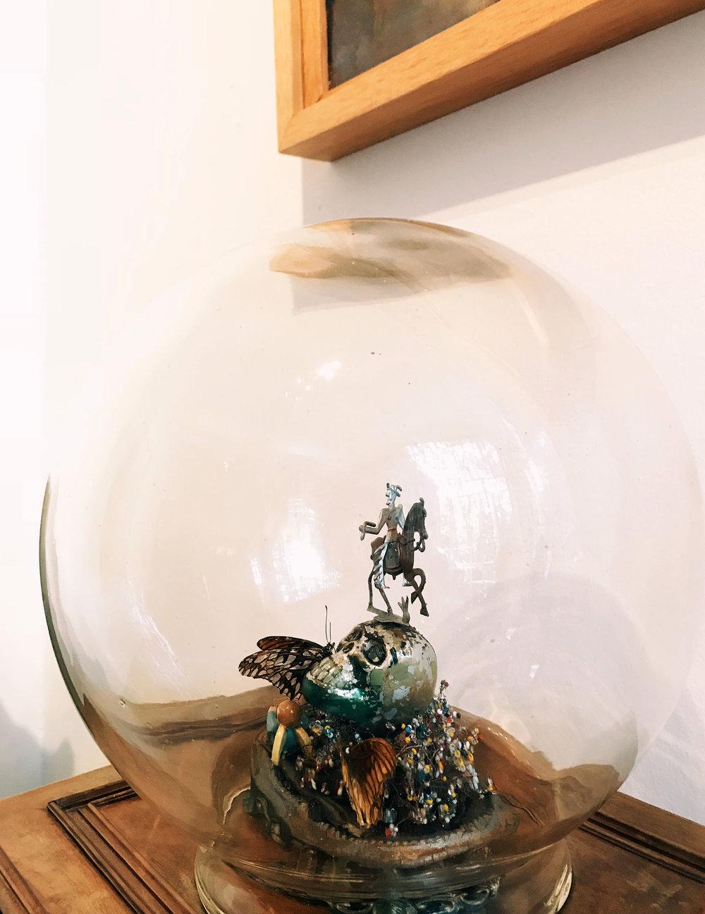 cdmx-03-kahlo-globe.jpg