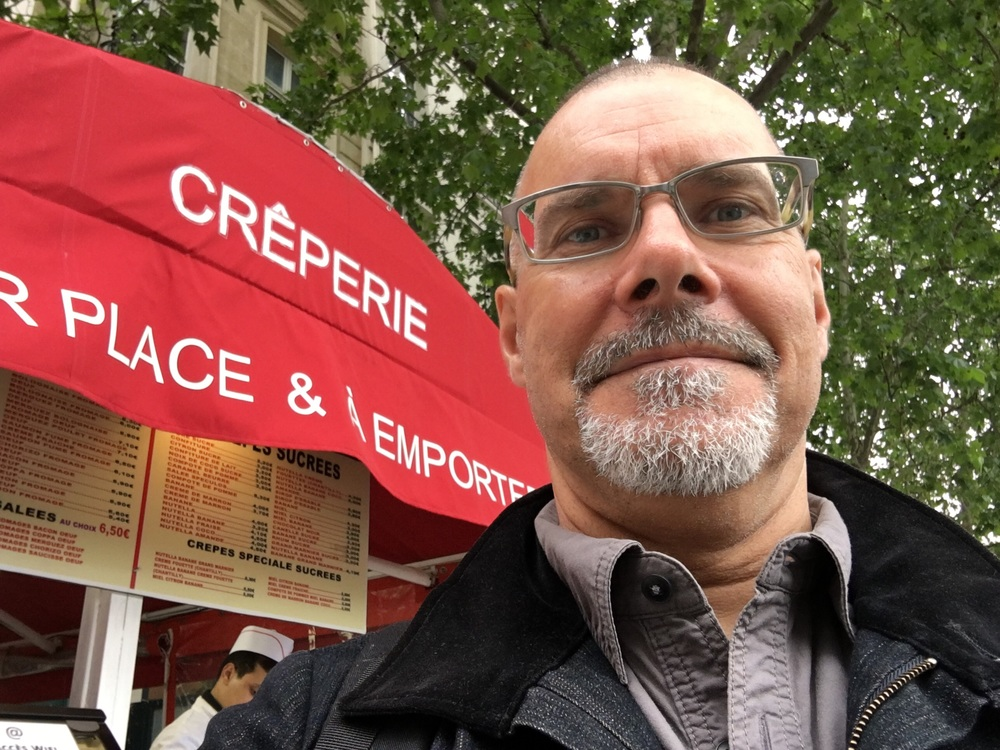 I love crêpes, especially when it's from a street vendor in Paris.