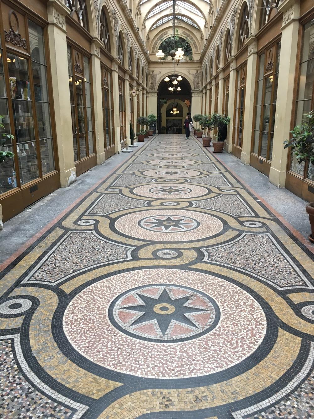 Arcade, Paris