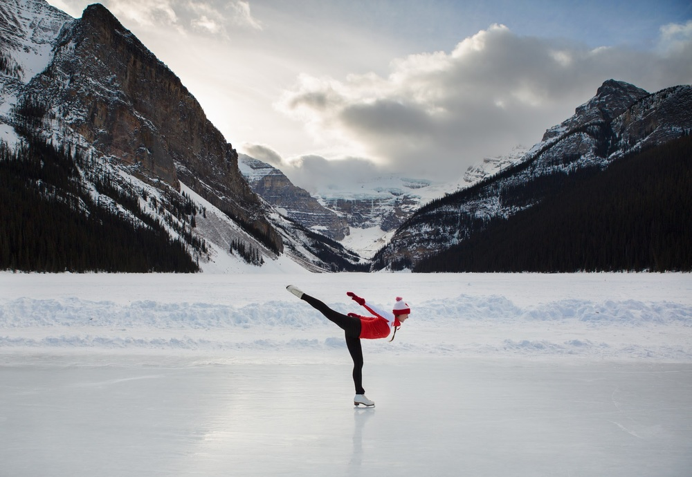 Lisa Skating Lake Louise-3.jpg