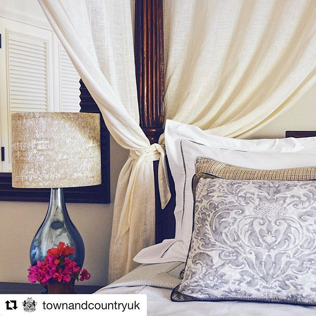 #Repost @townandcountryuk ・・・Thank you for the post @townandcountryuk .... Who else loves reading the Sunday papers in bed with a cup of tea? 🗞☕️❣️Especially if you're waking up in a room designed by Smith & Butler, a female duo of interior architects who are passionate about bespoke craftsmanship and skilful detailing @smithandbutlerdesign