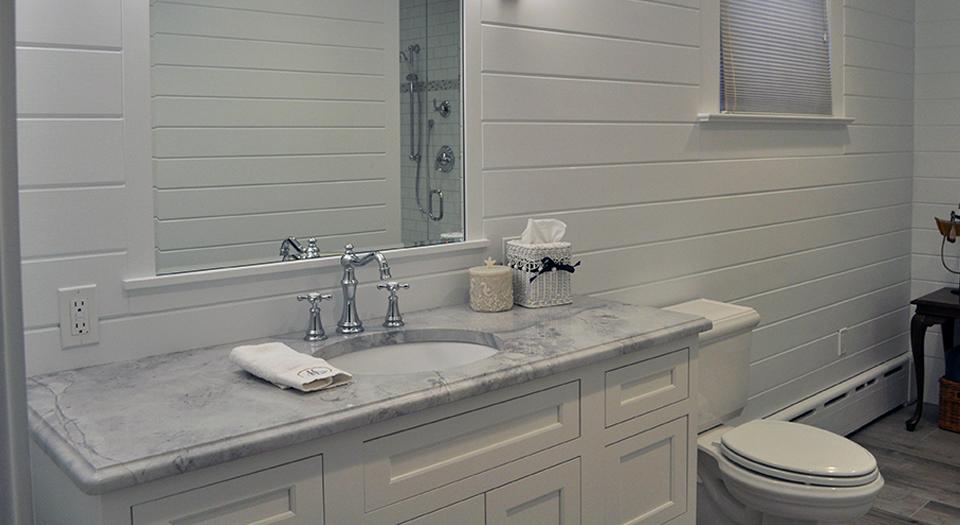 Bathroom-Kelly-1.jpg