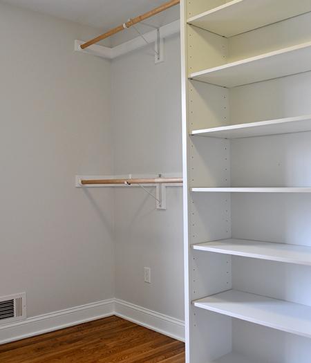 Closet-place-2.jpg