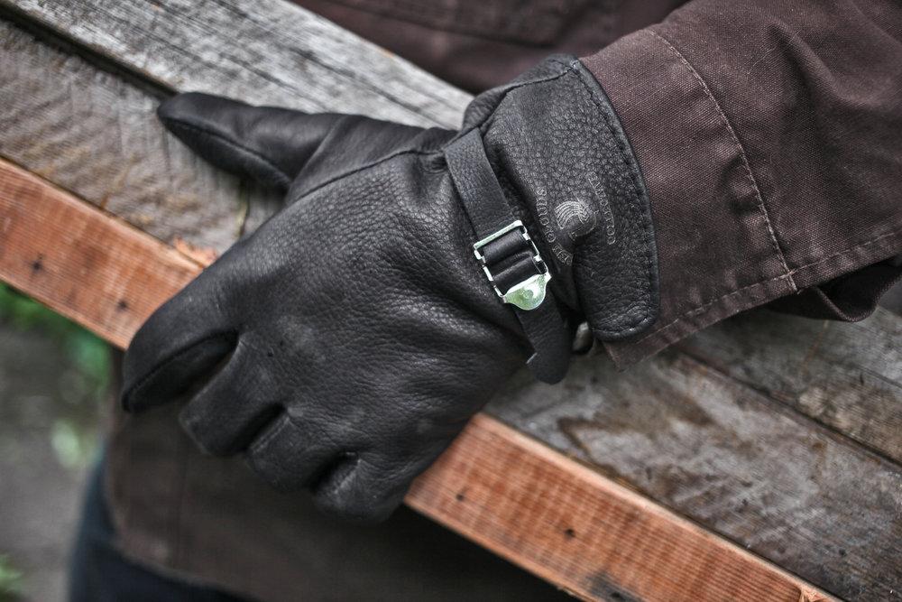 glove_black.jpg
