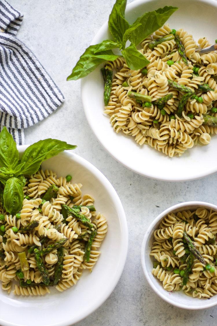 Easy+Roasted+Asparagus+Pesto+Pasta_+My+Diary+of+Us.jpeg