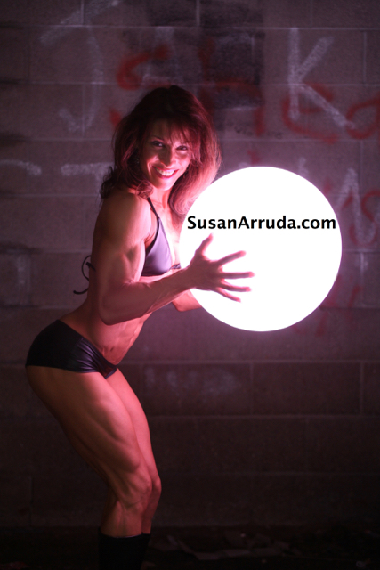 Susan Arruda is a 6 TIme Figure/Fitness Champion and a mom of 2