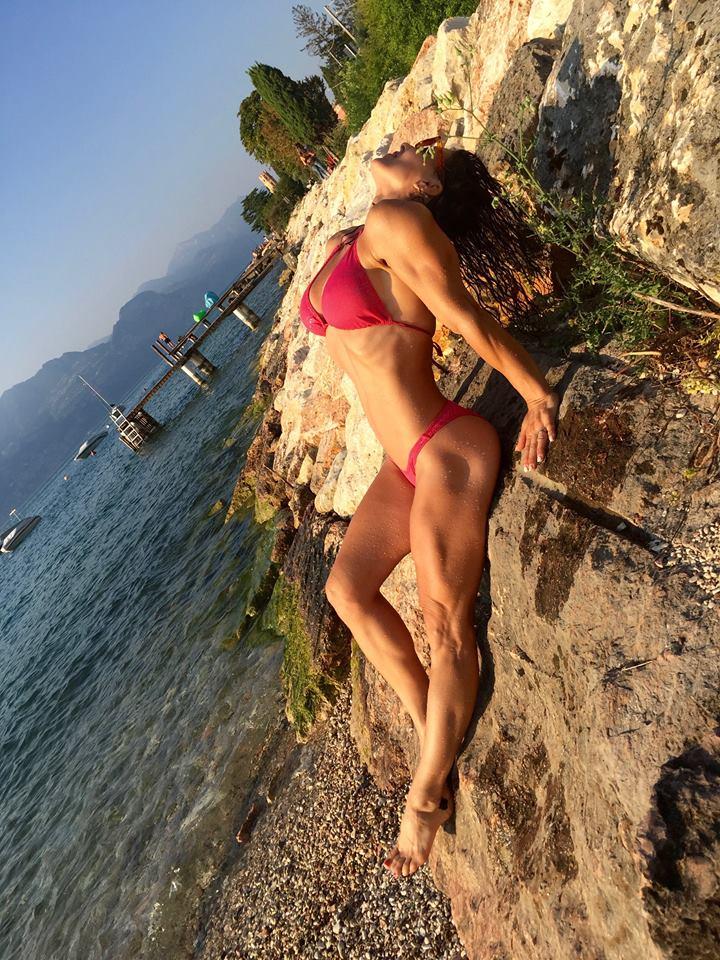 Susan Arruda bikini recline