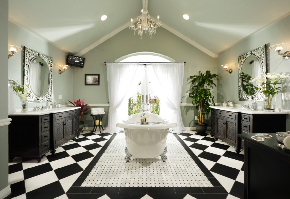 LARGE BATHROOM - 1st Place