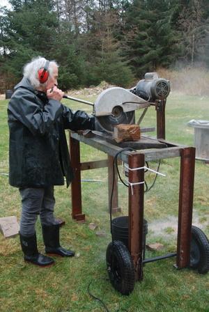 Slicing Haida Gwaii Scenic Stone