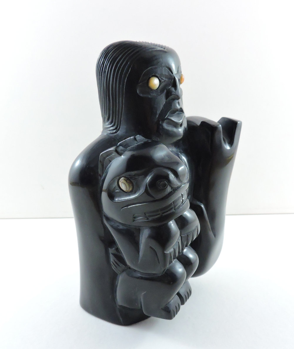 Argillite-bear-mother