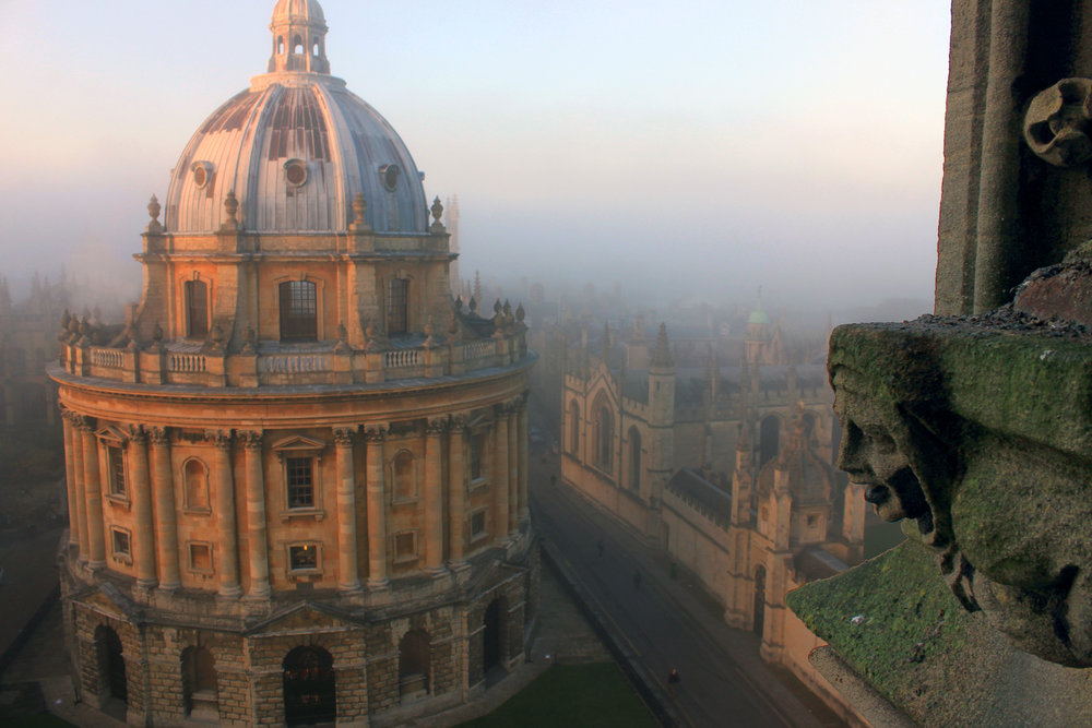 Oxford_University,_Radcliffe_Camera,_a_Reading_room_of_Bodleian_library.jpg