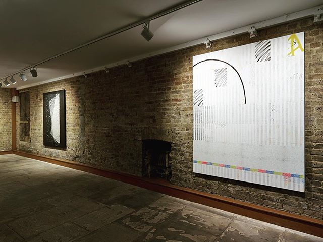 Last day of 'Markers' at 93 Piccadilly. It has been a really wonderful exhibition and we have been delighted with the result. Thanks so much to everyone who had been involved! @encountercontem @kristiankragelund @danieldavies__ @tess_williams_studio @struan_teague @janssen_arjan #encountercontemporary #danieldavies #kristiankragelund #collecting #curating #mayfairgallery #mayfairart #emergingartist